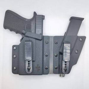 Glock 17/19 flexible Wingman Holster mit Olight Baldr Mini